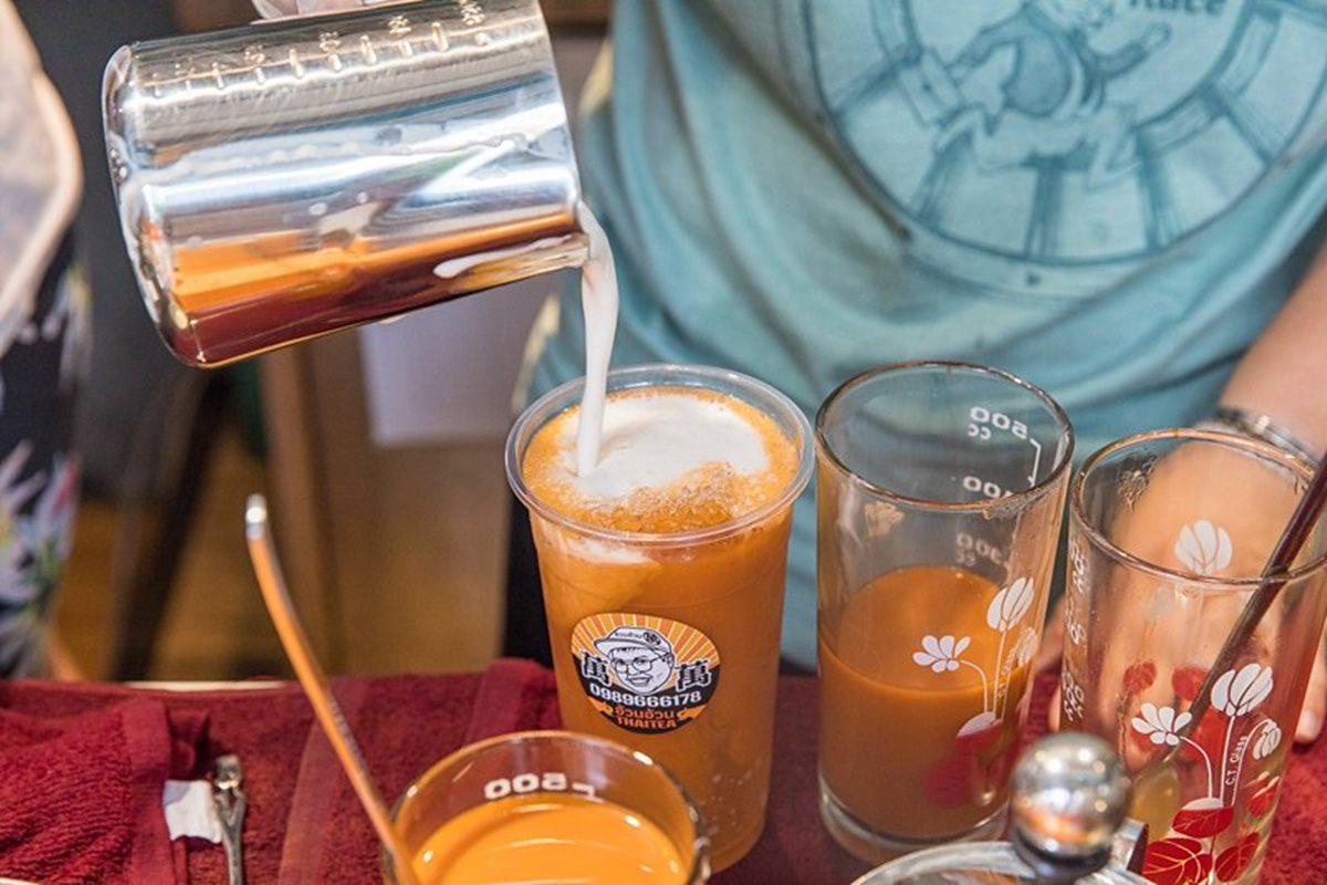 85折開喝!手沖「泰式奶茶」比例、香氣都道地,古早味「手工椪糖奶蓋紅」別處喝不到