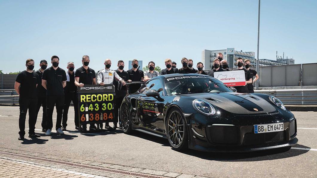 保時捷攜手Manthey-Racing GmbH,以911 GT2 RS配備Manthey Performance Kits刷新紐伯林單圈紀錄。(圖片來源/ Porsche) 擊落AMG黑色系列! 保時捷911 GT2 RS Manthey登紐伯林單圈王