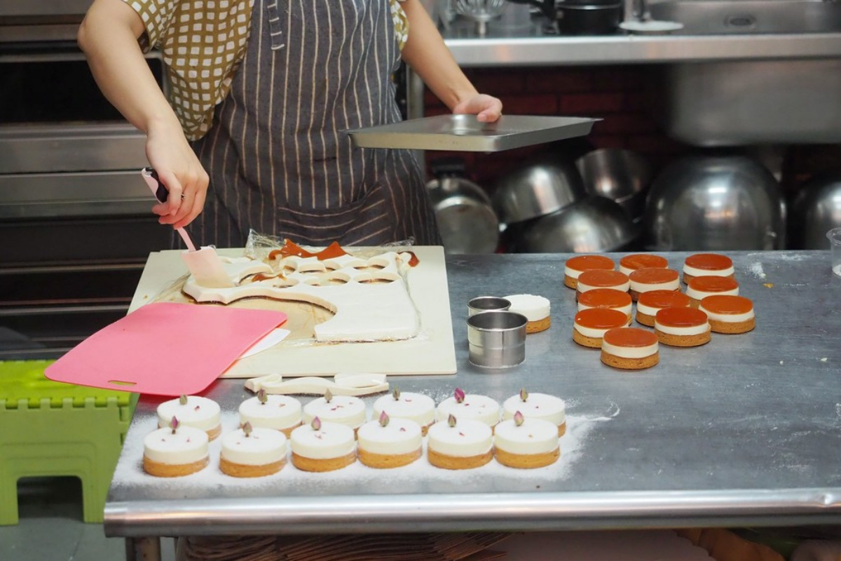 少女心噴發!手作烘焙坊打卡必點4款「療癒系塔派」,先嗑雲朵檸檬塔、金箔巧克力泡芙