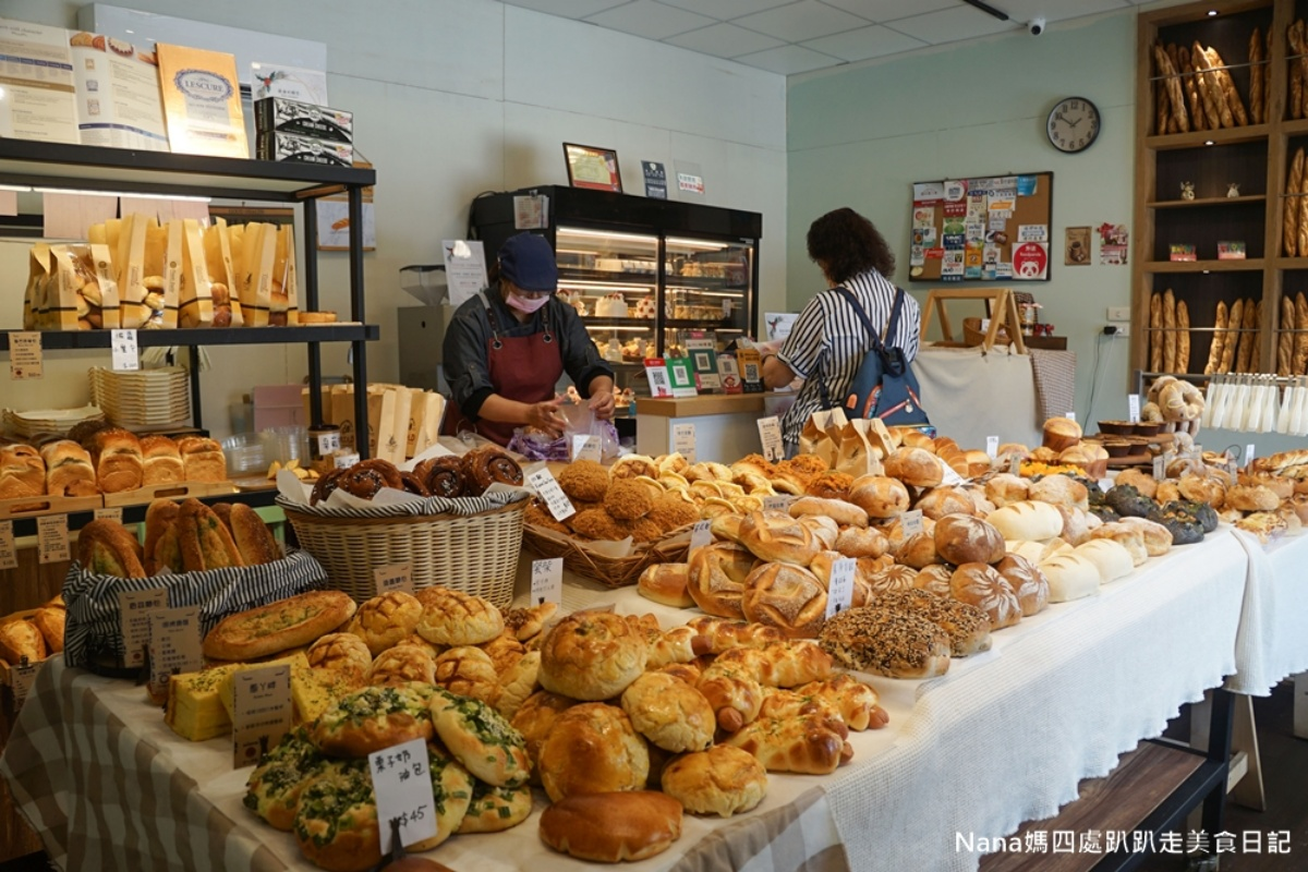 在家享用飯店級麵包!歐式烘焙坊「防疫箱」只要354元,先嗑Q勁墨魚包、大甲芋泥吐司