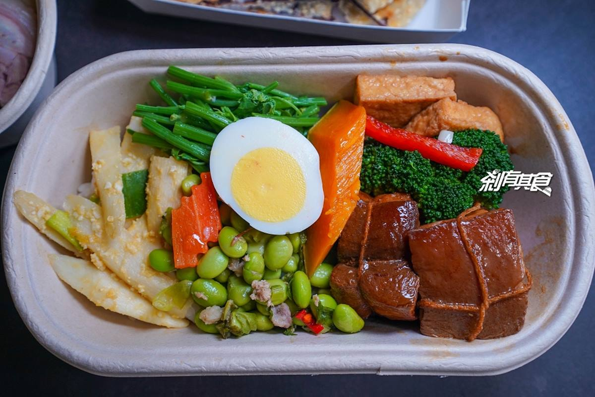 沒預約買不到!上海麵食館便當必吃限量「東坡肉」,小孩最愛「豆沙鍋餅」回烤後更香