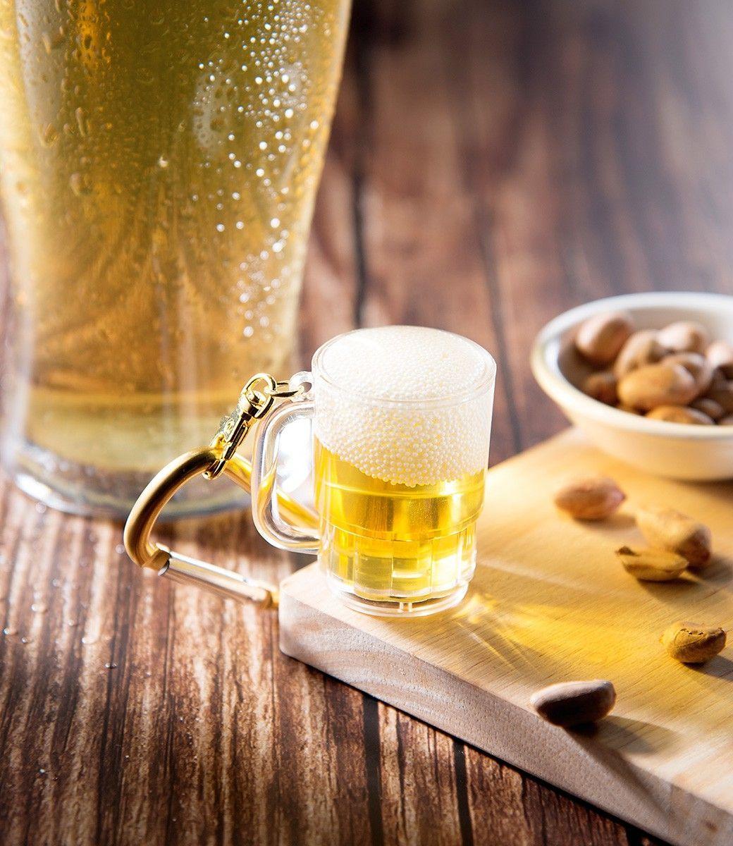用這杯乾杯啦!悠遊卡推「生啤杯3D造型卡」,線上訂超商取更方便