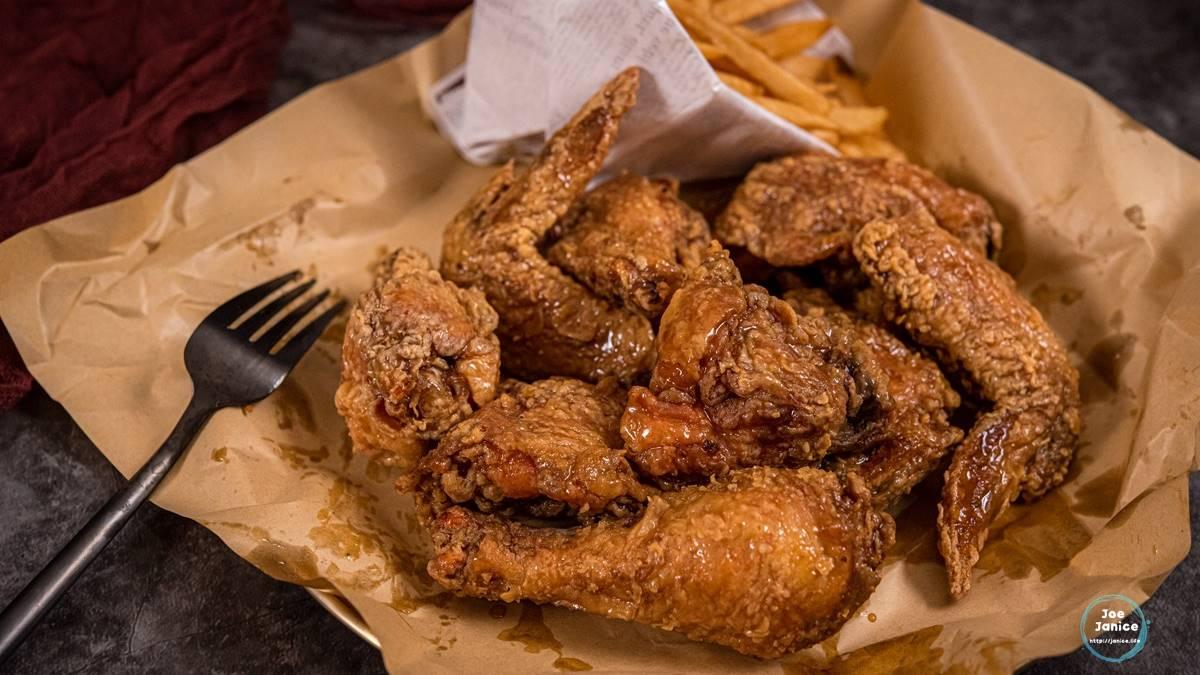 附薯條只要299元!唰嘴「韓式炸雞」先嗑超濃蒜香奶油口味,酥香起司球口感Q彈像麻糬