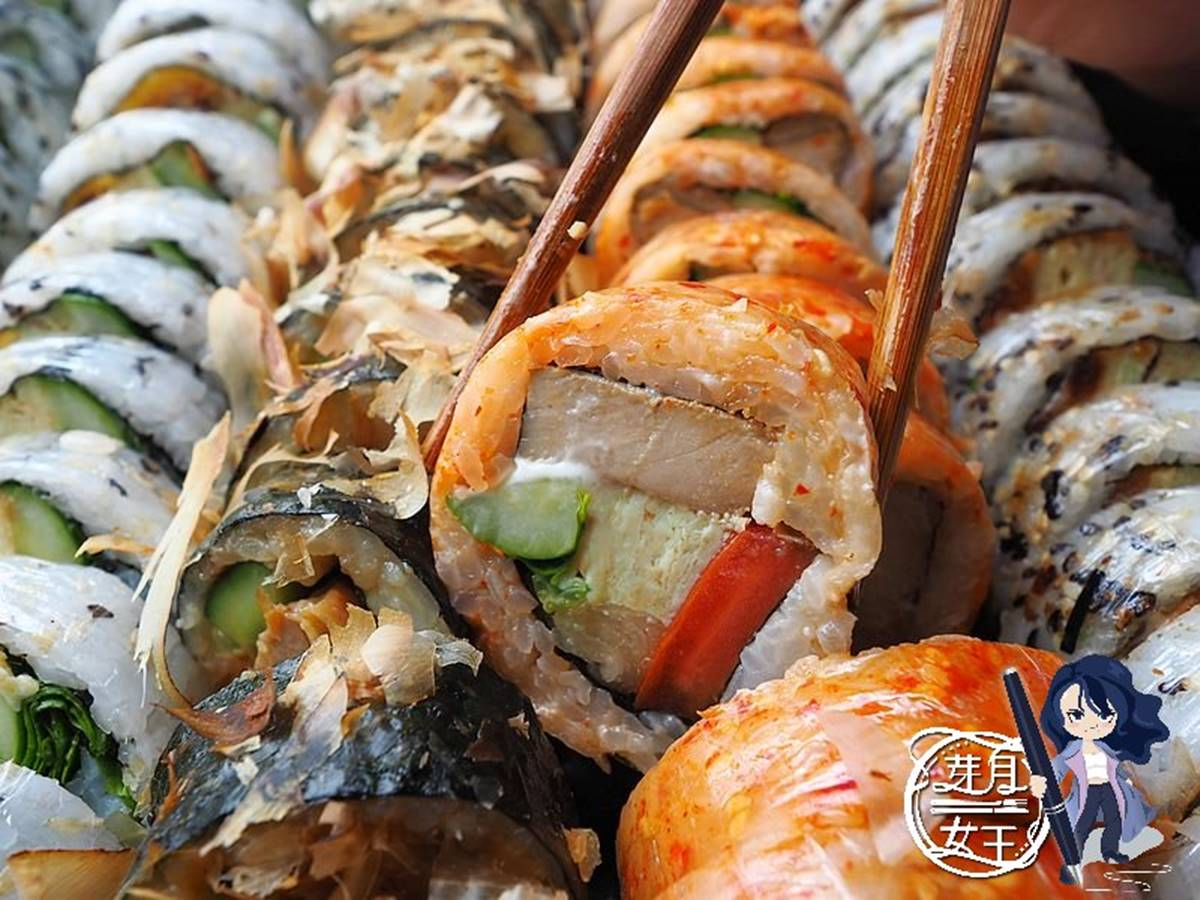 想吃先等2週!神祕壽司超浮誇「綜合拼盤」塞滿60顆,先嗑甜辣炙燒牛、料比飯多炸蝦捲