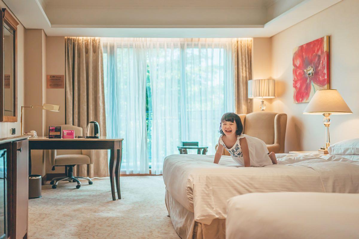 南部7飯店解封前優惠!買1晚送1晚拍浴缸美照,每人每晚799元、24小時住好住滿