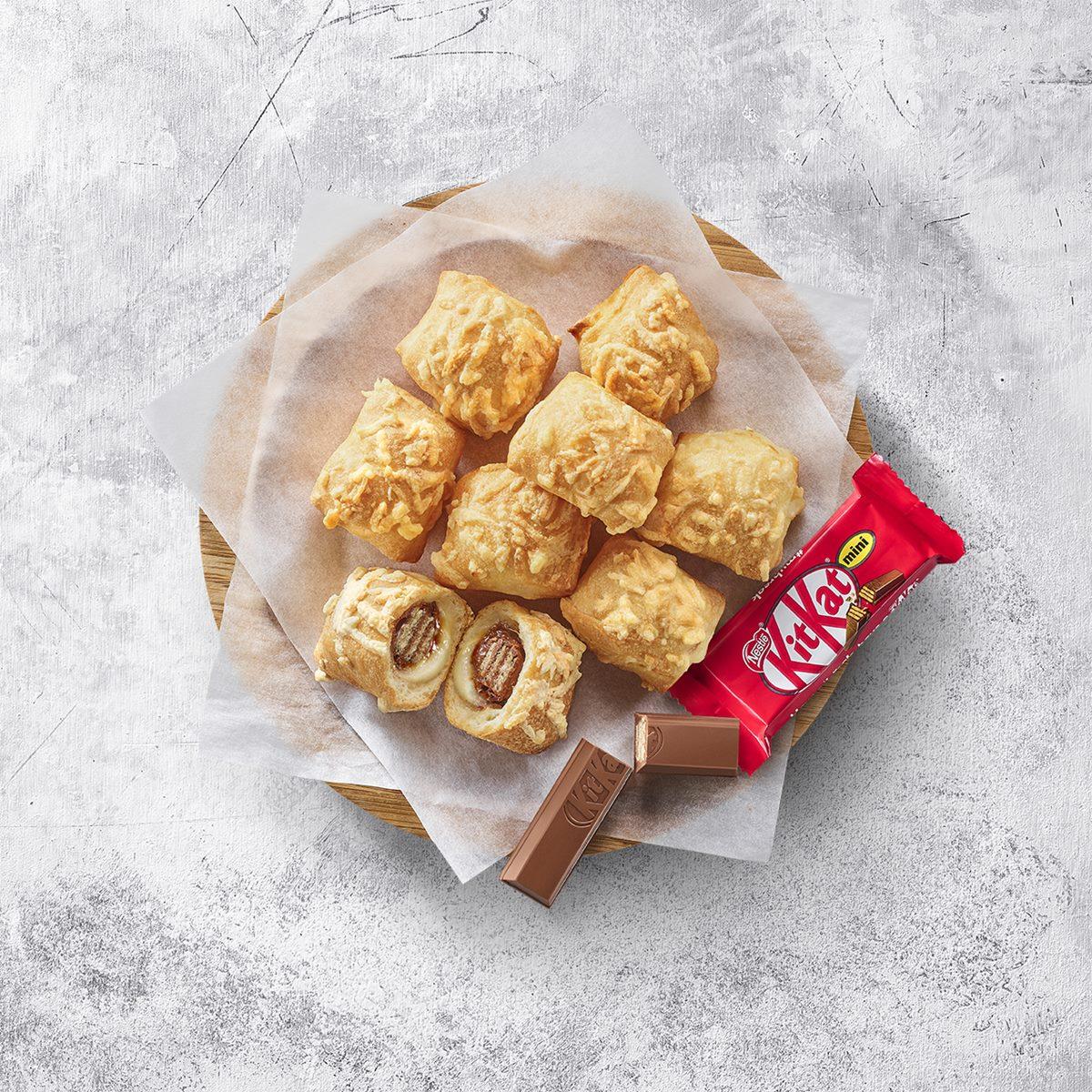 甜點控尖叫!必勝客芝心餅皮包進「整塊KitKat巧克力」,只要69元就能爽吃打卡