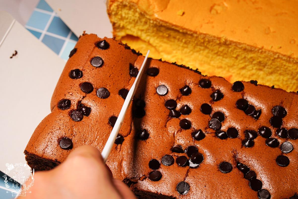 晚來買不到!限量「古早味蛋糕」吃得到濃濃蛋奶香,先搶秒殺級起司、鹹蛋黃奶酥口味