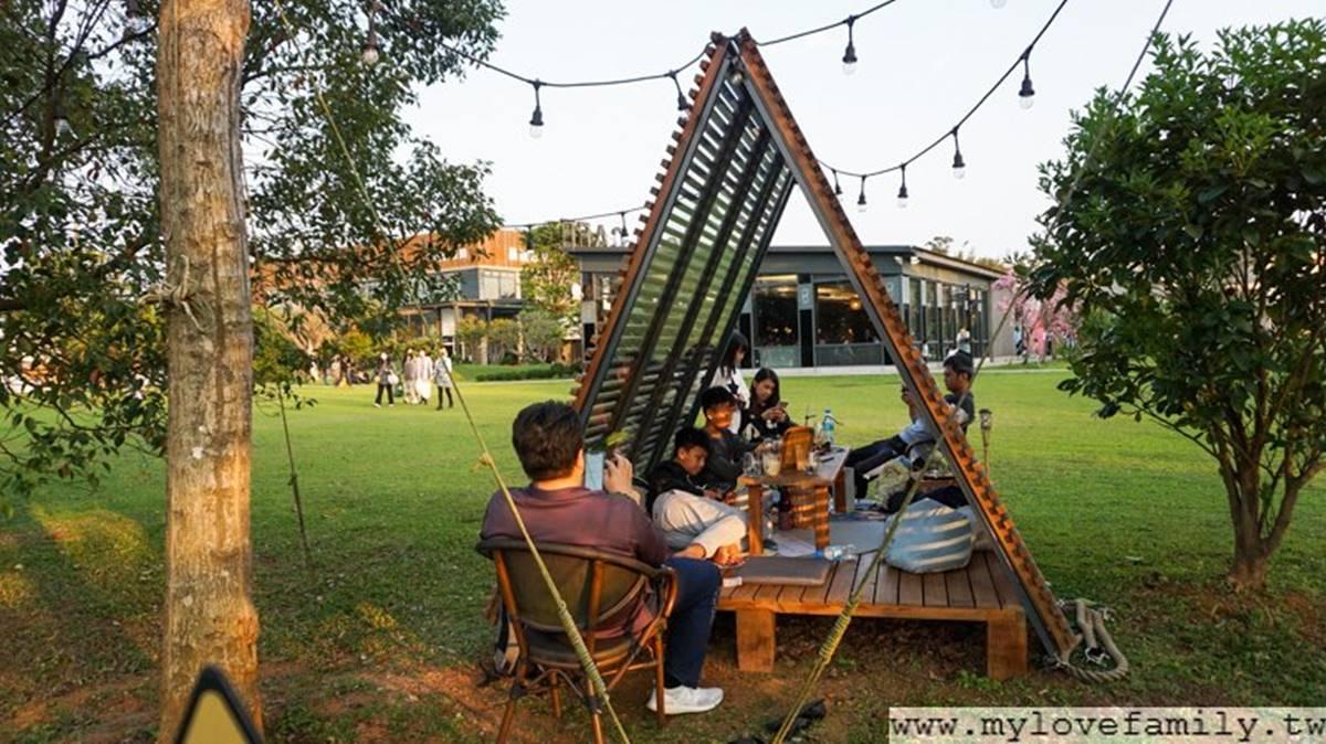 IG熱門打卡咖啡館!戶外美拍「三角木屋」享受野餐先預約,下午茶必點巧克力月亮披薩