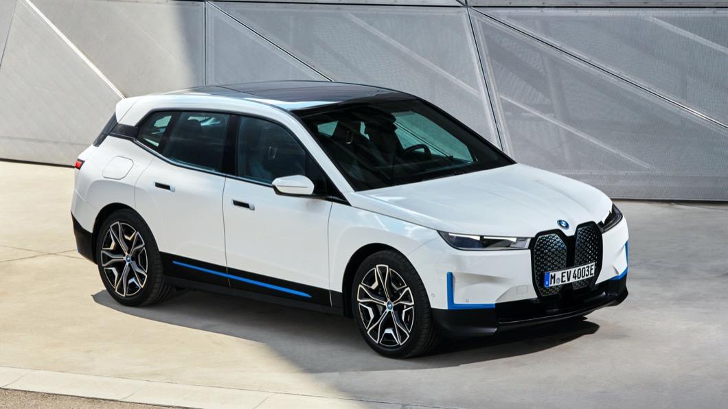BMW總代理汎德於今年5月時展開全新iX車系的預購活動,截至目前為止已經接單超過150張。(圖片來源/ BMW) BMW iX預售價316萬元起 目前接單已超過150張