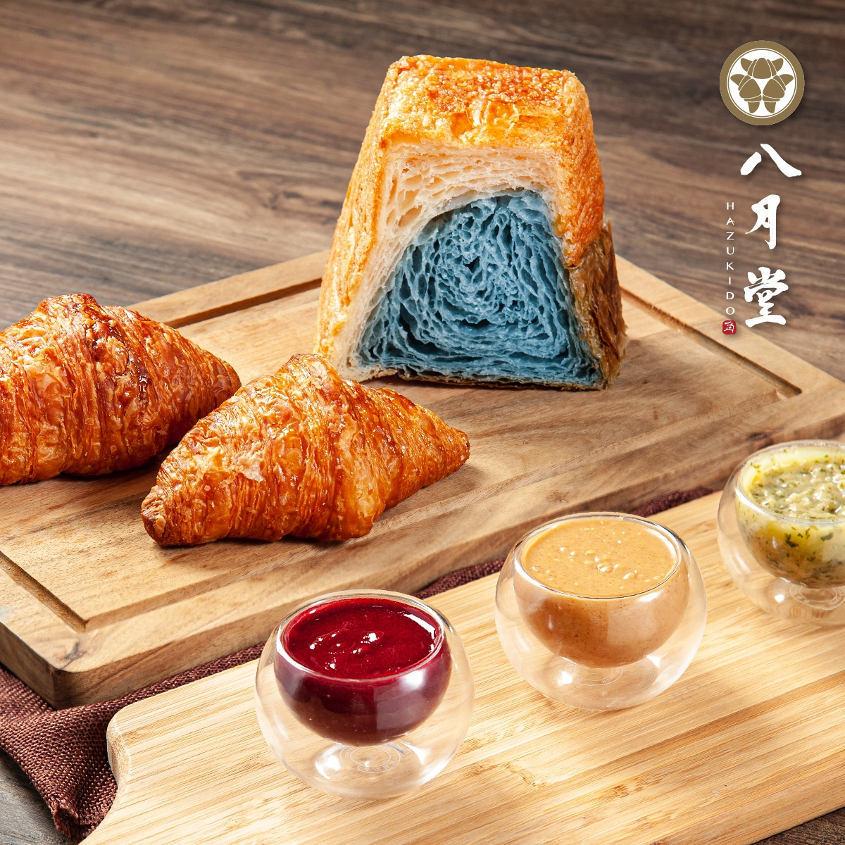 「富士山」化身吐司!八月堂「河口湖山形吐司」夢幻開賣,外酥內軟+濃郁奶香太欠吃
