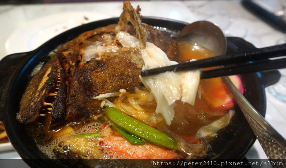 1人開嗑!隱藏版簡餐店「鱈魚砂鍋魚頭」連骨頭都能吃,先炸後滷「蜜汁豬排」也必點