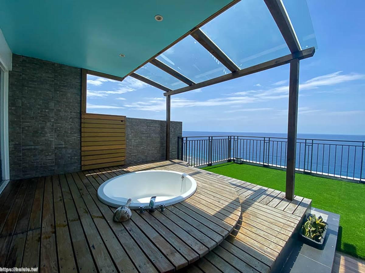 IG打卡必住!小琉球8家網美系民宿:南洋風獨棟Villa、超Chill無邊際泳池、海景小木屋
