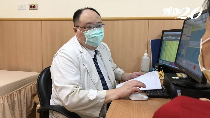 接種疫苗1週後手腫了,才發現類風濕性關節炎發作 醫:這些人打疫苗要先問