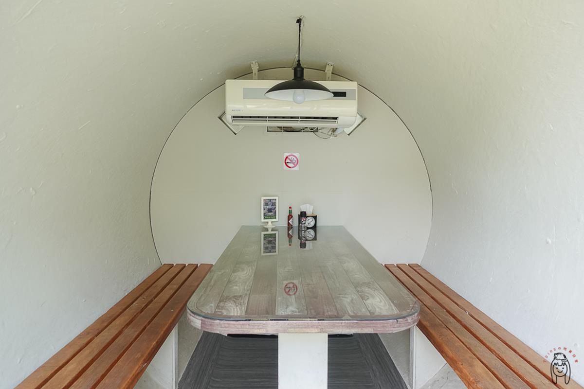 網美朝聖打卡!超有哏咖啡廳必拍彩色「水管屋包廂」,先嗑大分量「啤酒炸魚」早午餐