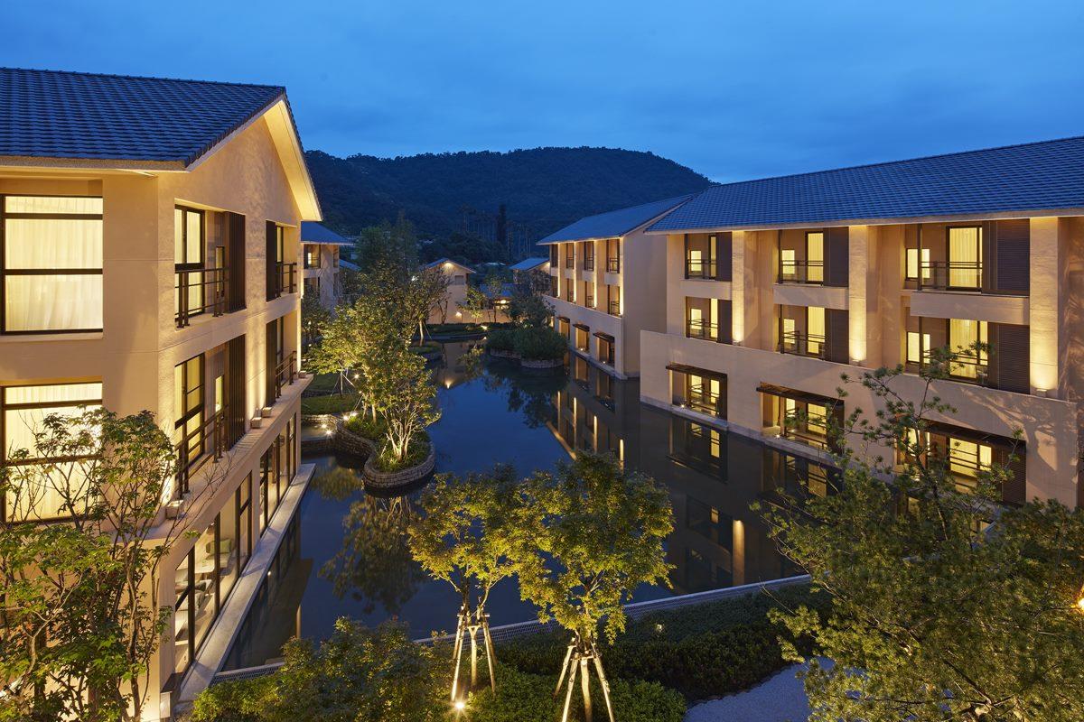 全台7家飯店「免費住1晚」!玩樂園就送免費住宿,名字有「這7字」就打折