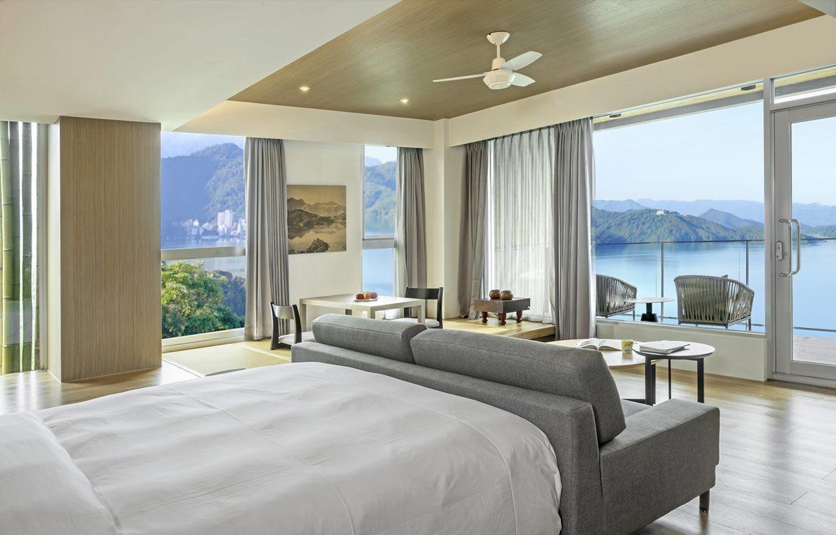 【新開店】全台最美湖景飯店!香客大樓變身文青建築,躺床看無敵山景、必拍打卡茶餐廳
