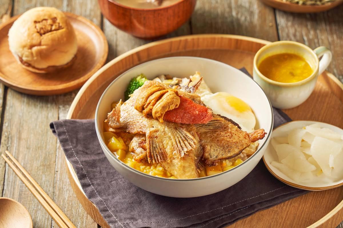 【新開店】這咖哩超浮誇!限量「北海道海膽、鮟鱇魚咖哩」,開幕再送炸牛排