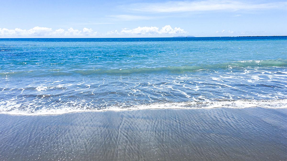 9月底前東海岸限定!最耀眼的「閃閃發光之地」杉原海水浴場免費入場