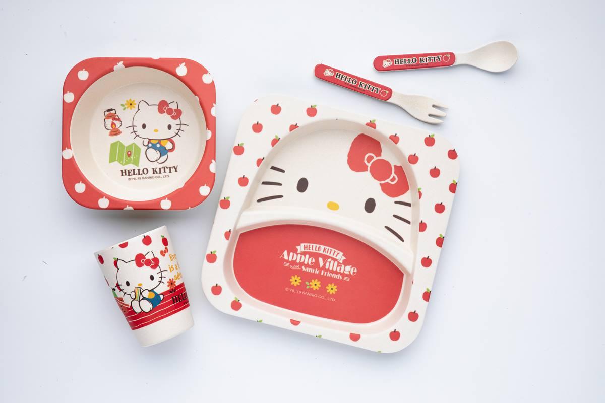 大耳狗奶凍捲、布丁狗布丁捲萌度破表!連「凱蒂貓餐具組」都能帶回家