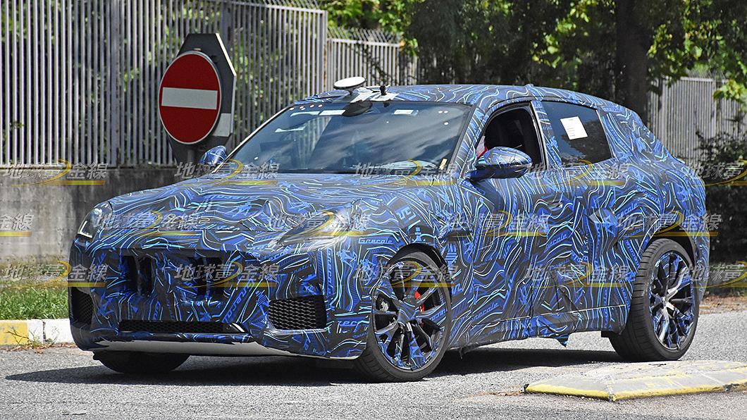 Maserati Grecale預計11月全球首演,在此之前疑似性能版車型搶先曝光。(圖片來源/ TVBS) 搶先間諜照/海神小休旅Grecale預約11月發表 性能版不安份搶曝光