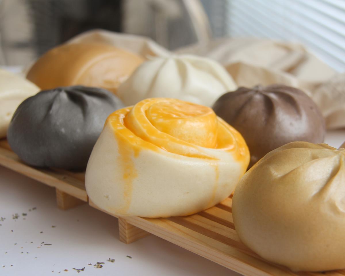 比咖啡館還美!新竹超好拍「白色系韓風包子店」,氣炸4色小饅頭、暴餡彩色包子必吃