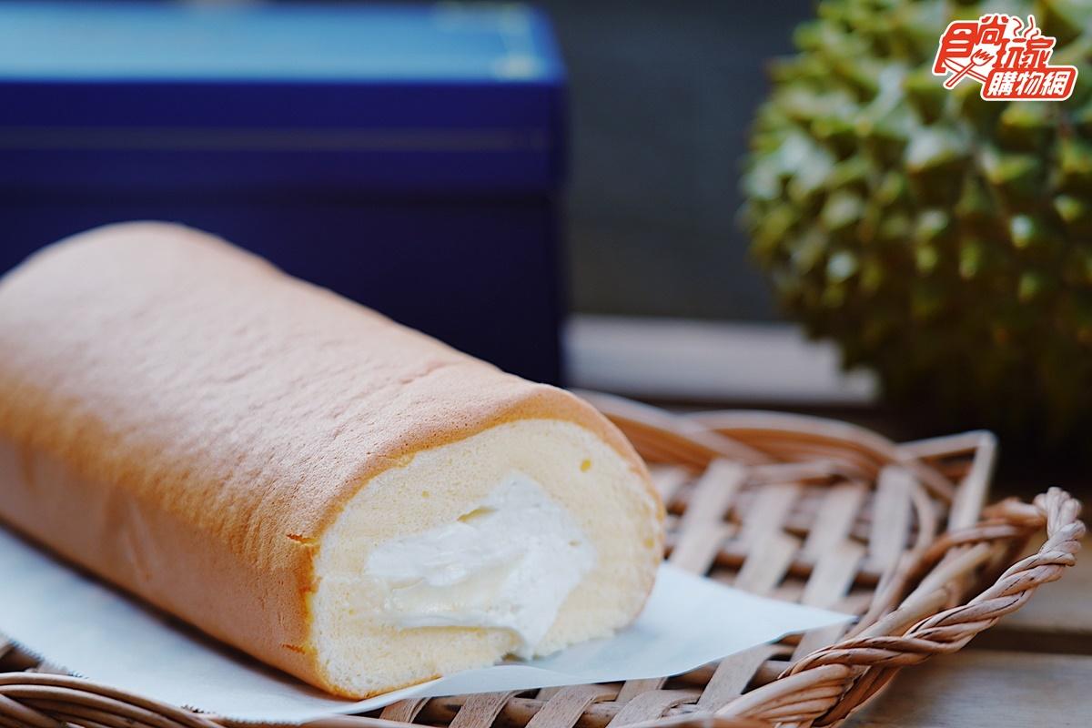 週賣破100條「榴槤蛋糕」!泰國金枕頭榴槤入餡,每一口都吃得到榴槤果肉