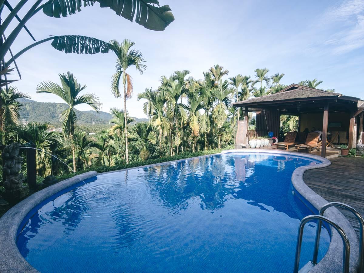 水水搶打卡!全台5家「美拍泳池」民宿:山林無邊際泳池、純白設計Villa