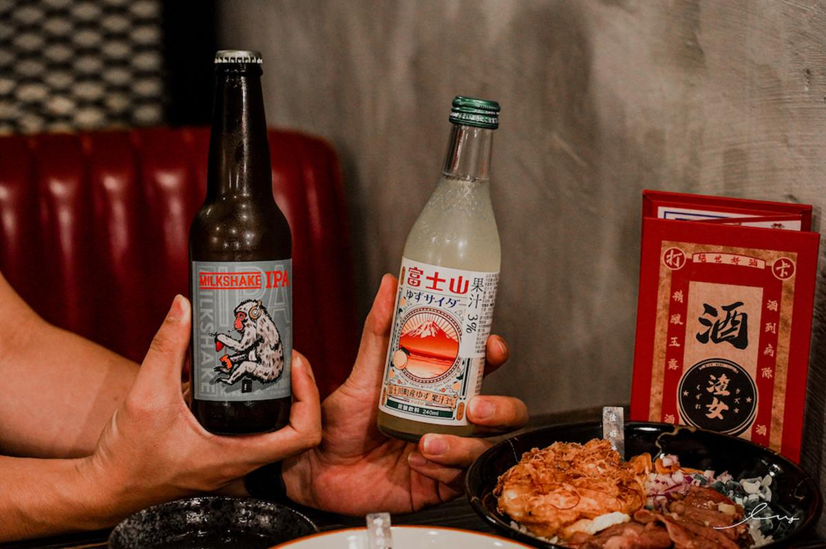 肉控消夜首選!台中「日式餐酒館」必點A5和牛肉燥飯,再搭伊比利豬更霸氣