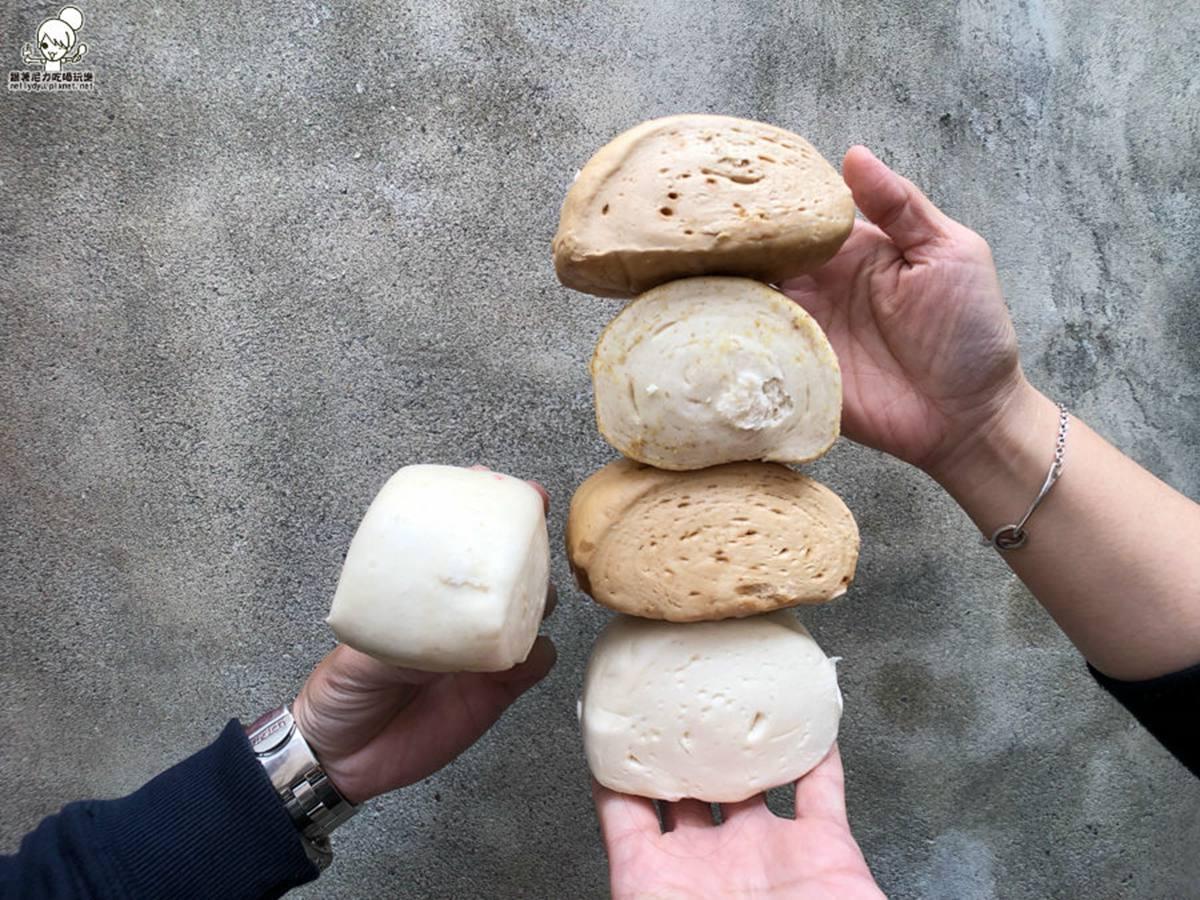 在地人都在買!高雄鹽埕7家網推伴手禮:爆漿珍奶泡芙、百年蜂蜜蛋糕