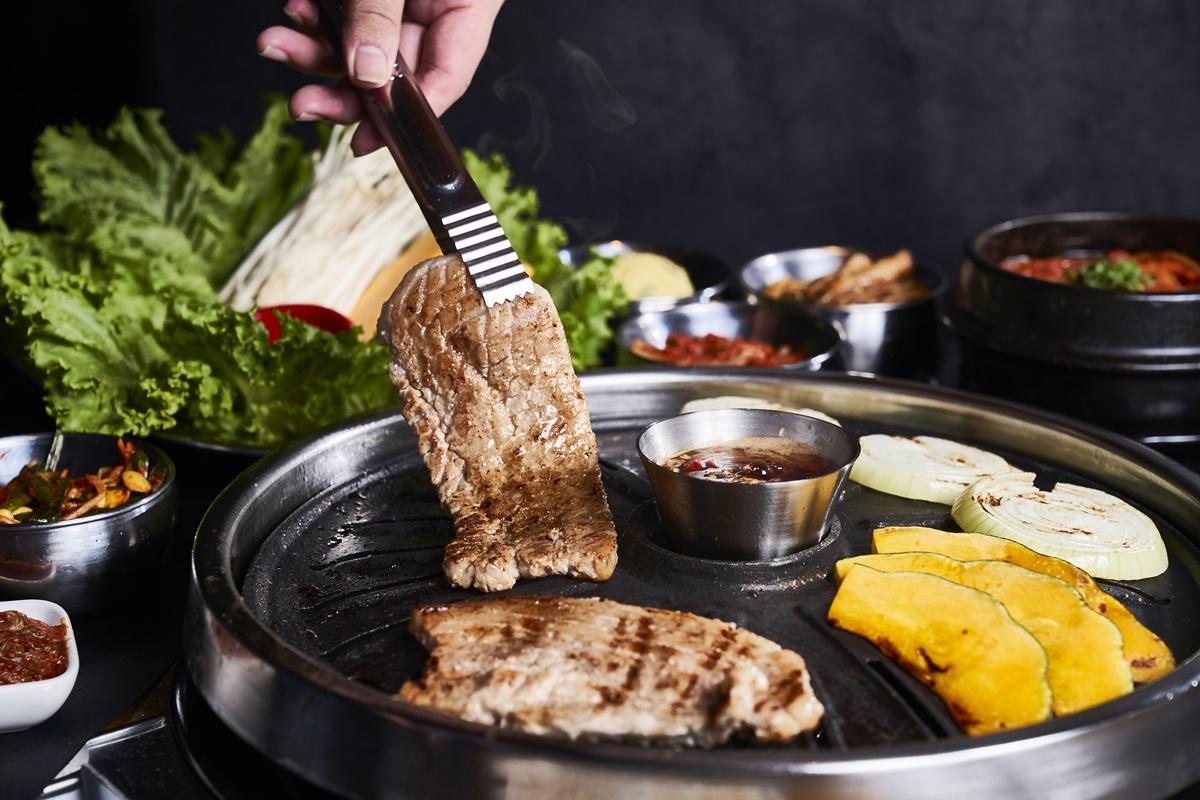 爽吃波士頓龍蝦!八色烤肉推五倍券優惠, 加碼送「帶骨牛小排、和牛沙朗牛排」