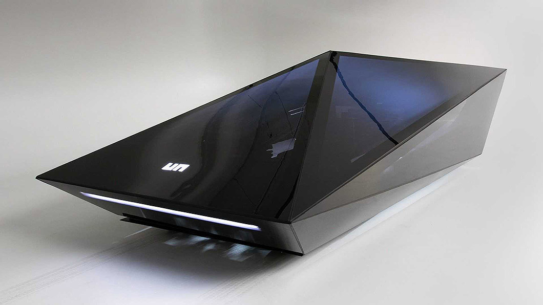 由知名鞋履品牌United Nudes創辦人Rem D. Koolhaas所打造的概念車Lo-Res Car Concept,其靈感來源於Lamborghini的Countach LPI 800-4。 低解析度Lamborghini Countach概念車 數量更稀有價格還比較便宜