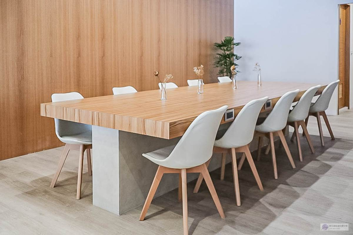【新開店】桃園「純白咖啡廳」網美打卡乾燥花座席,內用不限時拍再久也不怕