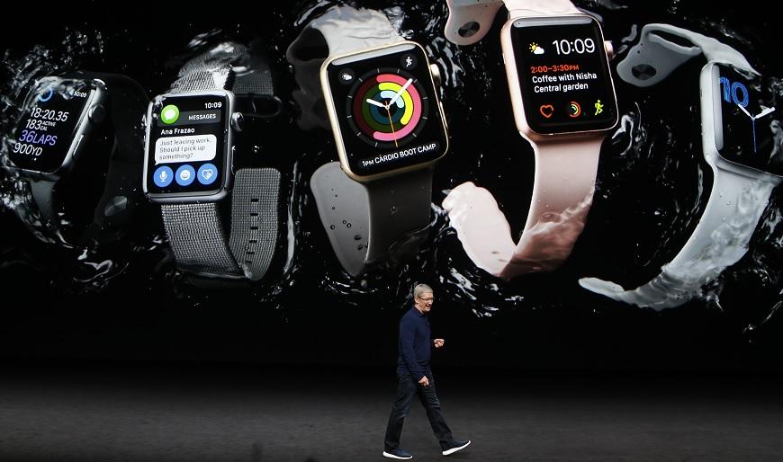 圖/達志影像路透社 法規漏洞?行車用蘋果手錶玩寶可夢恐難開罰