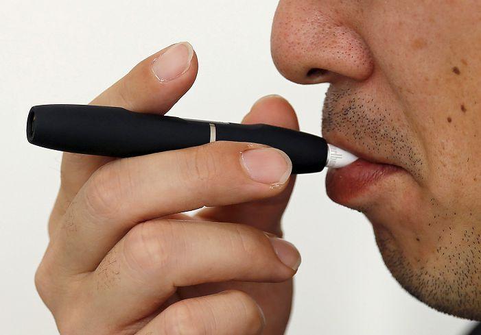示意圖/達志影像路透社 修正「菸害防制法」禁電子煙 最高可罰25萬