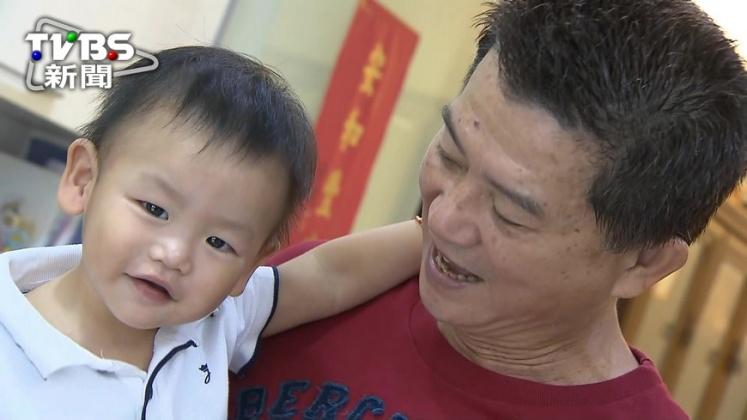 圖/TVBS 爺奶太寵孫 近4成孩天天喝甜飲