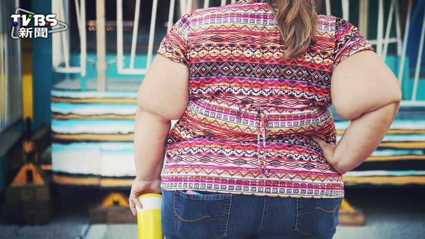 一位女性因病態肥胖,就醫檢查後才發現竟是腫瘤,且重達30公斤!(圖/示意圖) 突然發胖要當心 39歲女體內竟有27公斤腫瘤