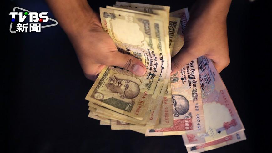 圖/達志影像美聯社 打擊洗錢 印度盧比大鈔將換新