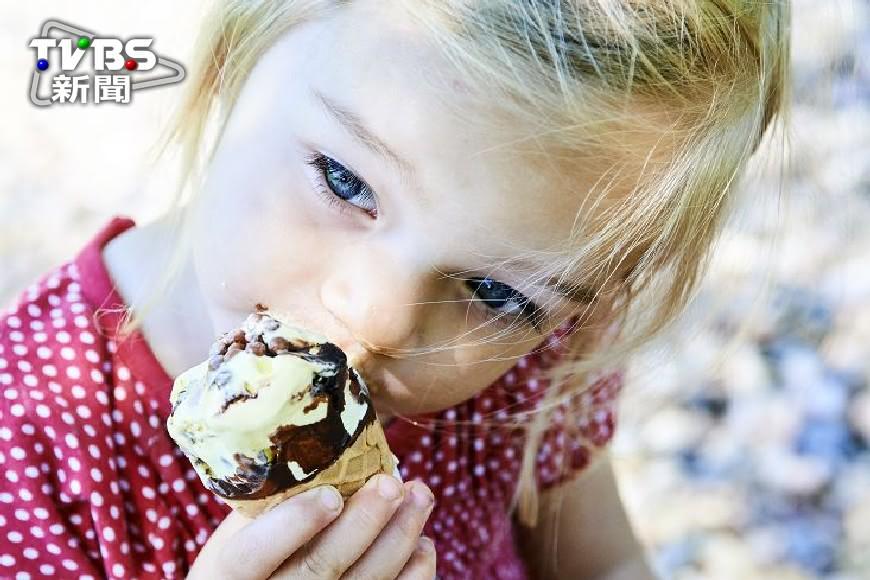 日研究:早餐吃冰淇淋 迅速醒腦還變聰明