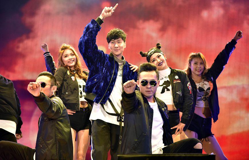 圖/TVBS JJ、老蕭新北耶誕壓軸飆歌 收視同創新高