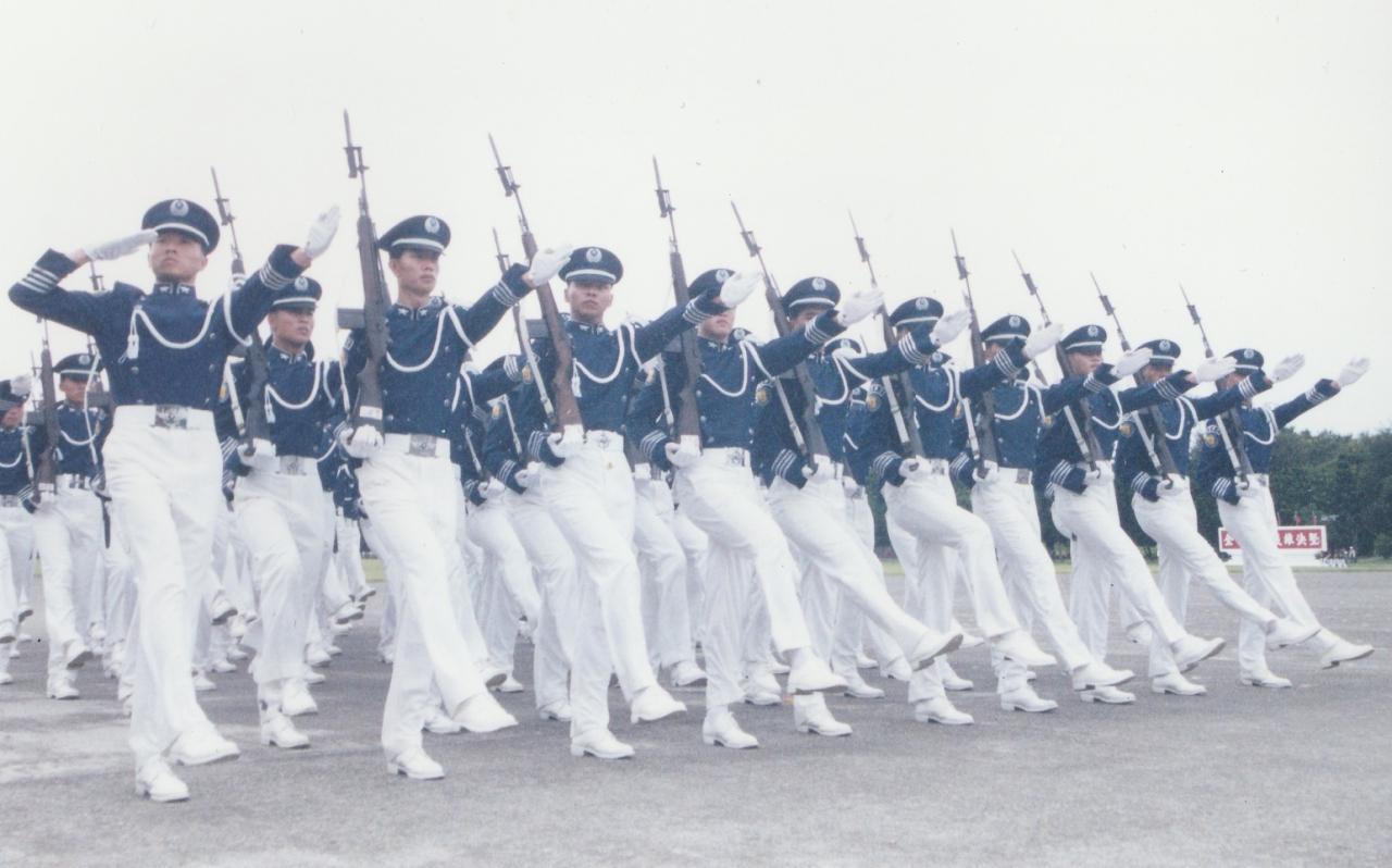 揭密:國軍「踢正步」是怎麼消失的?