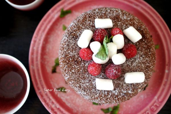 下班小確幸1小時完成:巧克力戚風蛋糕(含鑄鐵鍋蛋糕脫模影片)