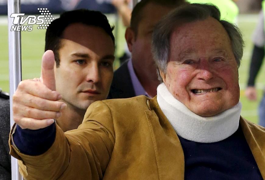 圖/達志影像路透社 美92歲前總統老布希 呼吸急促住院