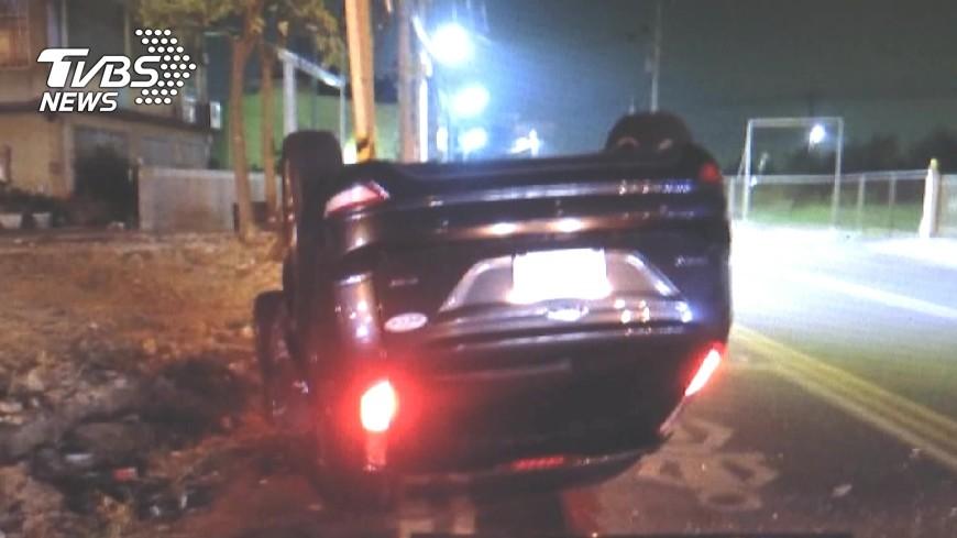 圖/TVBS 醉不上道!酒駕男撞車 一度謊稱女友開的