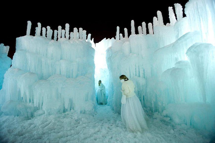 冰雪城堡雪白神秘 夢幻美景令人讚嘆