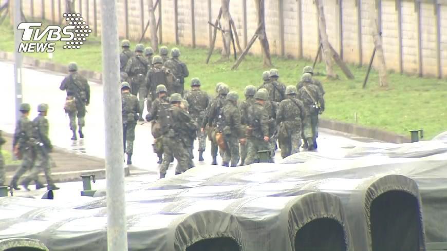 新竹一名二兵發生毆打上士班長和辱罵中尉法制官,事後被移送法辦。(示意圖/TVBS) 入伍才10天…超狂二兵揮拳毆班長 辱罵女上尉「破麻」