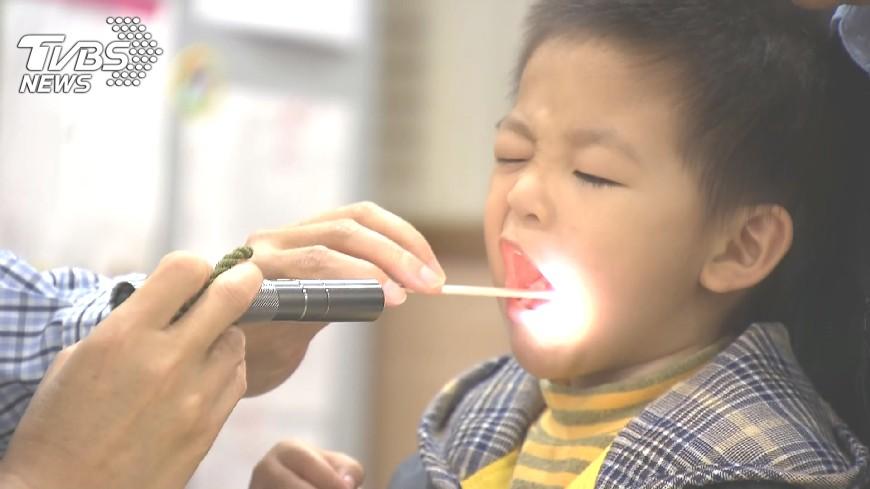 圖/TVBS 單週流感疫情增1成 元宵賞燈記得戴口罩