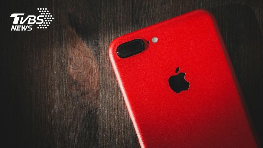 示意圖/TVBS iPhone 7紅色來了!這家門市今開放預約