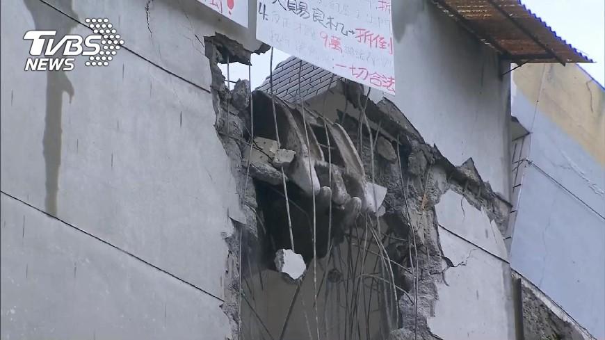 圖/TVBS 長安西路都更案 北市府拆不同意戶屋