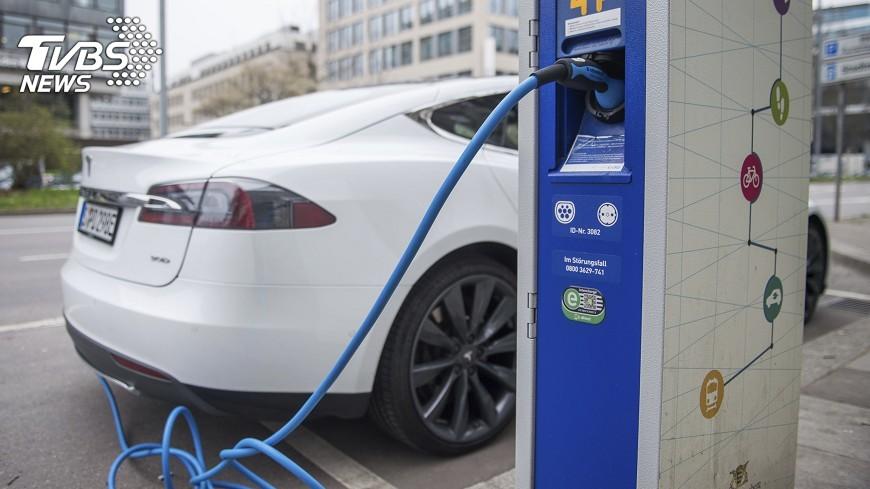 圖/達志影像美聯社 建準打入Tesla供應鏈 今年獲利成長加速