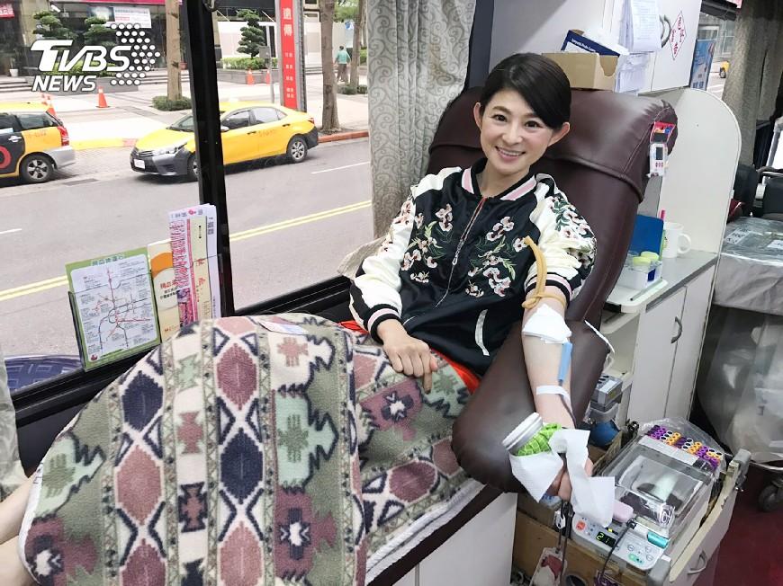 圖/TVBS 全台鬧血荒 TVBS主播群齊捲袖捐熱血